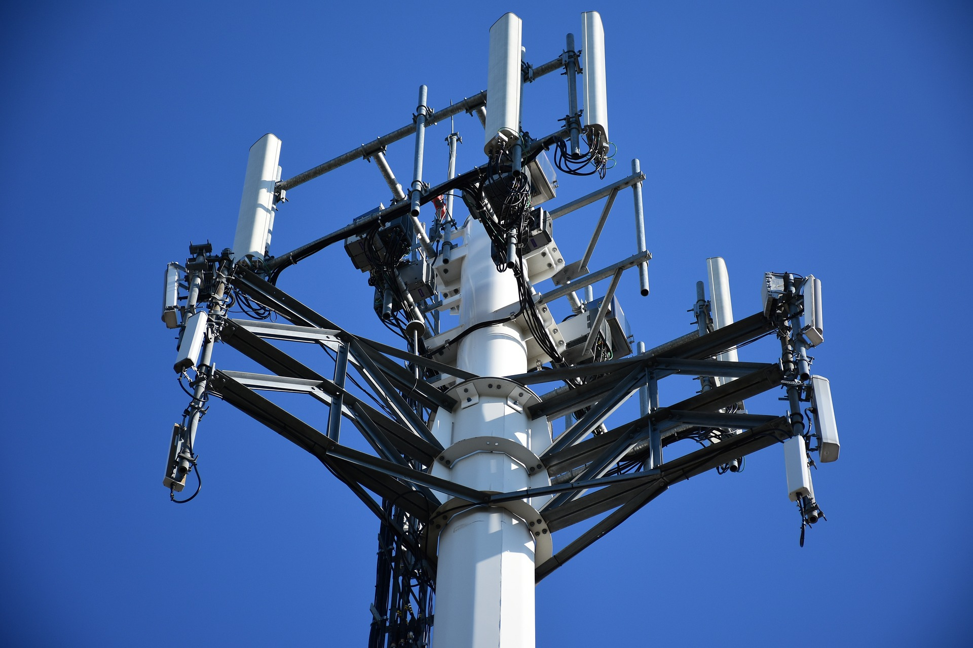 cellular-tower.jpg